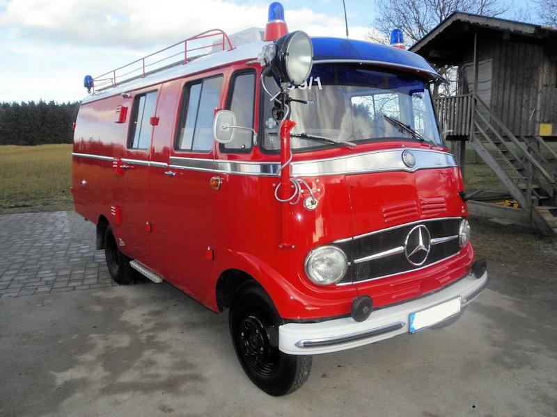 Mercedes 319